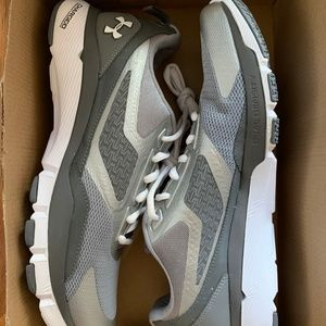 Under Armour Charged One Tr 1258796-035